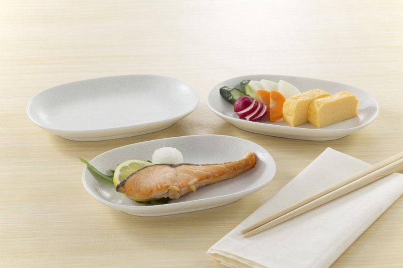 おしゃれ な食器 キャラクター 食器 子供用 ブランド 食器の花模様 セット 白い食器 デイリー使いの白い楕円皿 デイリー使い 3枚組 新生活 白いお皿 アウトレットセール まとめ買い特価 特集 皿 白い皿 楕円皿 和食器 約18.7×12.8×高2.5cm 5000円以上で送料無料 ギフト