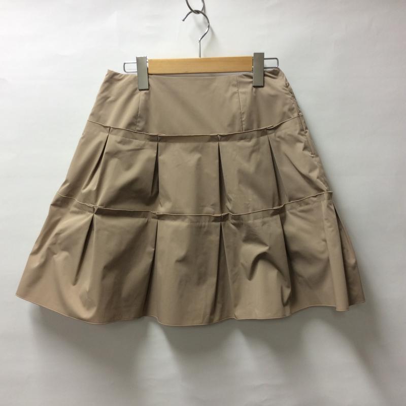 フォクシーニューヨーク AL完売しました FOXEYNEWYORK 表記サイズ:38 ベージュ 無地 ひざ丈スカート 本日限定 スカート 中古 Skirt Medium 10004239 古着 USED