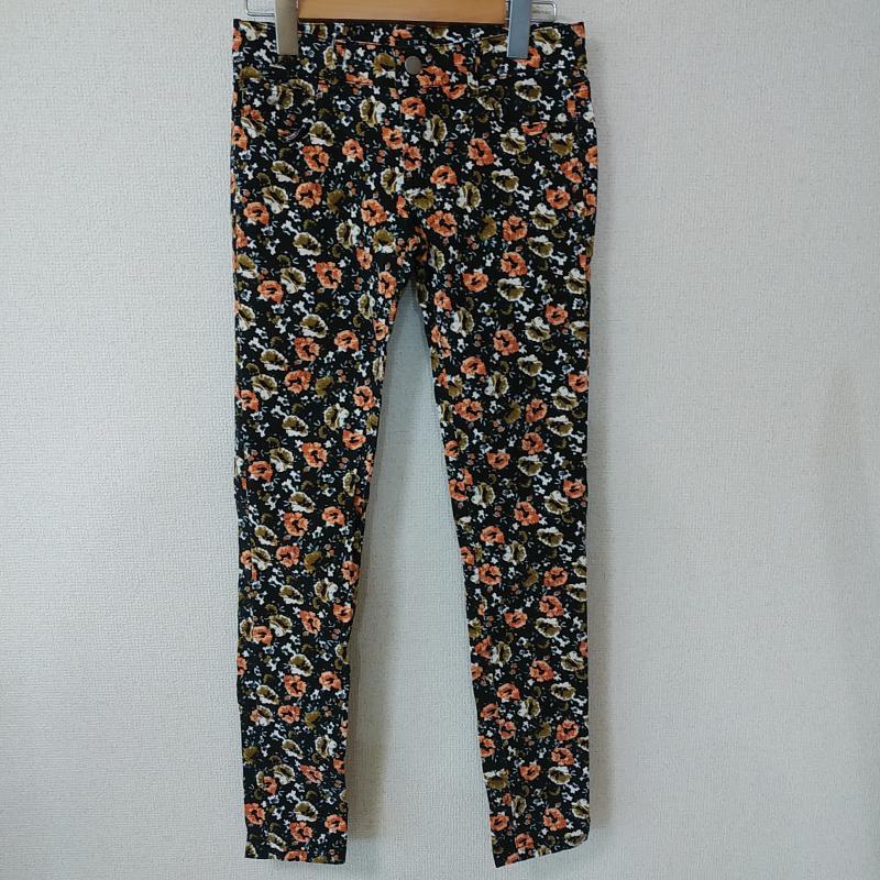 イング INGNI 表記サイズ:S 黒 ブラック X 年中無休 橙 オレンジ 白 ホワイト 花柄 総柄 Jeans 10010706 USED 中古 価格交渉OK送料無料 パンツ Denim Trousers ジーンズ 古着 デニム Pants
