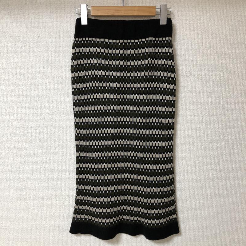 ドナマリー DONA MARIE 表記サイズ:38 黒 ブラック X ベージュ 上等 カーキ 白 中古 新着セール ホワイト 古着 スカート ひざ丈スカート Medium Skirt USED その他 10017149