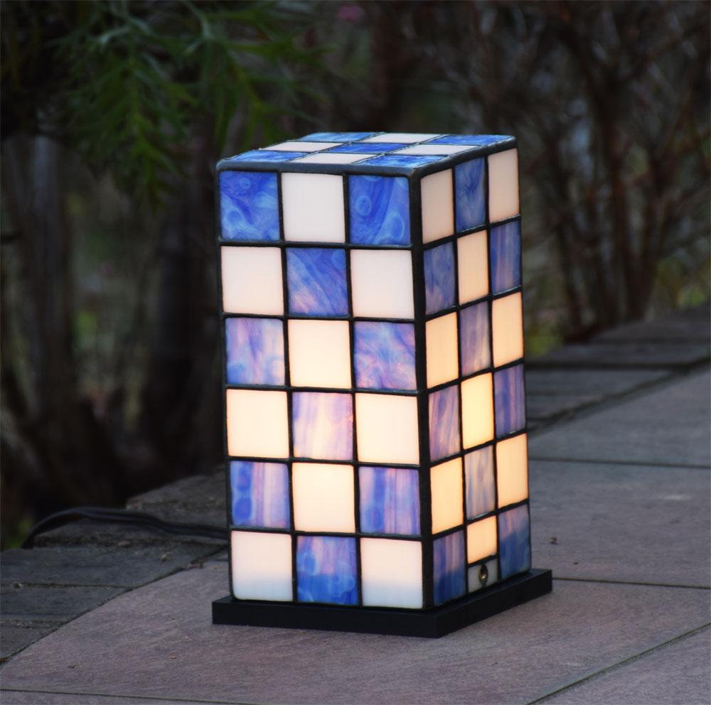 ガーデンライト 行燈 緑 屋外用 防雨タイプステンドグラス 屋外設置可能照明 庭園灯 外灯 エクステリア屋外照明 100V 照明器具 LED 対応 洋風ガーデン照明 ステンド ガーデンランプ