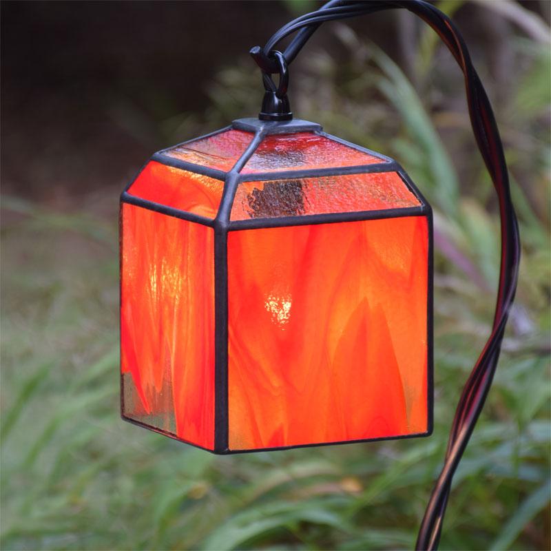 ステンドグラス ガーデンライト 吊下げ式 4K-200(吊り金具なし) ステンドグラス ガーデンランプ 庭園灯 外灯 エクステリア 屋外照明 ガーデン照明 100V 照明器具 LED電球 対応 洋風 おしゃれ ガーデン装飾品