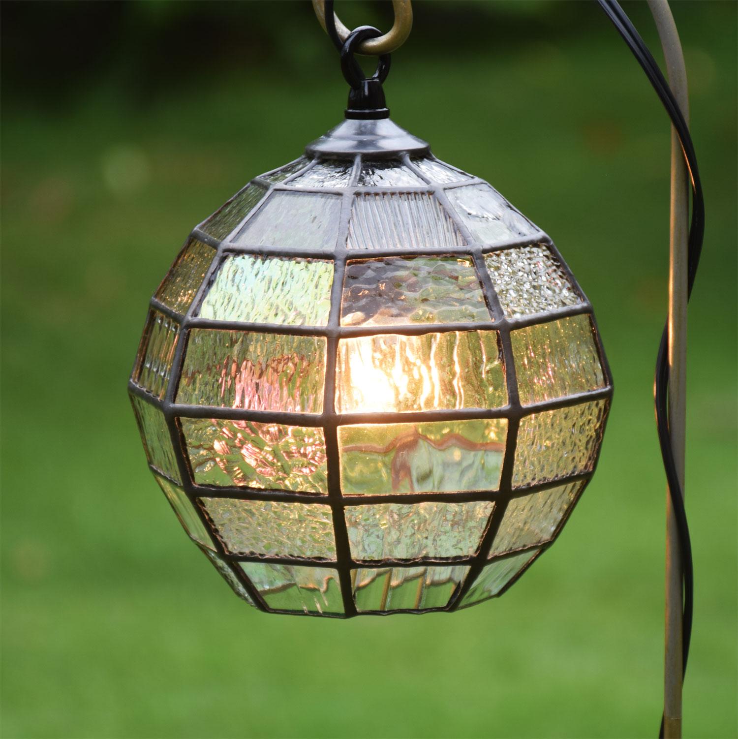 ステンドグラス ガーデンライト 吊下げ式 8K-200 吊り金具なし ガーデンランプ ステンドグラスランプ 庭園灯 外灯 玄関灯 エクステリア 屋外照明 ガーデン照明 100V 照明器具 LED電球 対応 洋風 おしゃれ