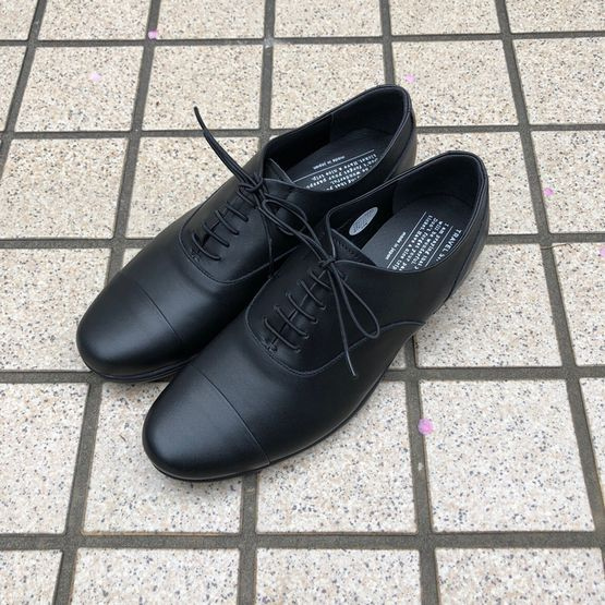 【TRAVEL SHOES by chausser】ストレートチップ・レザーシューズ/TR001 2020