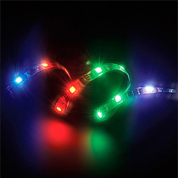 ケースドレスアップパーツ高照度LED搭載 連結可能なLEDリボンでパソコンケースが豪華になります キャンペーンもお見逃しなく マグネットLEDストリップライト マルチカラーAINEX アイネックス AK-LD05-50RB 切り取り可能長さ:約50cm 10個の磁石でがっちり固定 15個のLEDで効果的 《週末限定タイムセール》 マルチカラーLED マグネットでパソコンケース中側や外側に取付