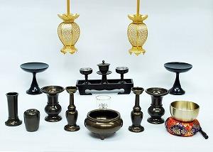 伝統型仏具 千曲(ちくま) 灯篭高月付きセット