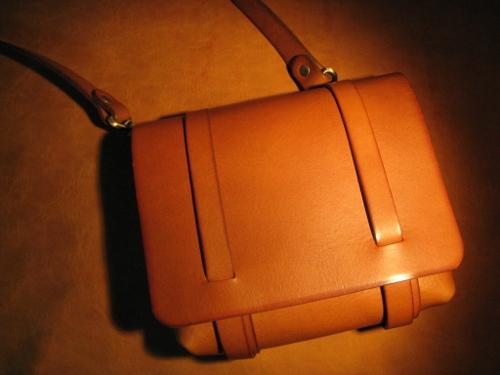 ベルトポーチ 革 バッグ メンズ ウエストバッグ 革 【送料無料】ショルダーポーチにも、ベルトポーチにもなる2wayバッグ