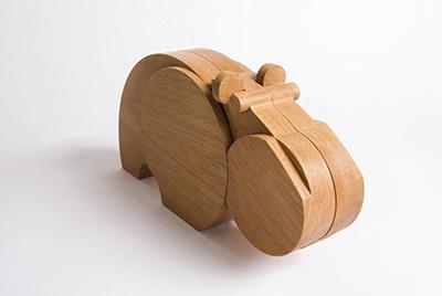木製の限界に挑むスペインの技 [Wodibow ウォディボウ] マストドン・シリーズ カバ MASTRODONTE HIPU