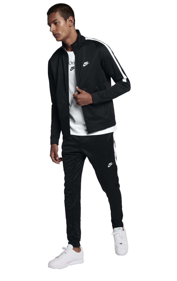 e121cd1b The men's Nike sportswear N98 jacket is inspire done street-style in the  pitch. Collar of the cutting well-thought using a soft double knit  material, ...