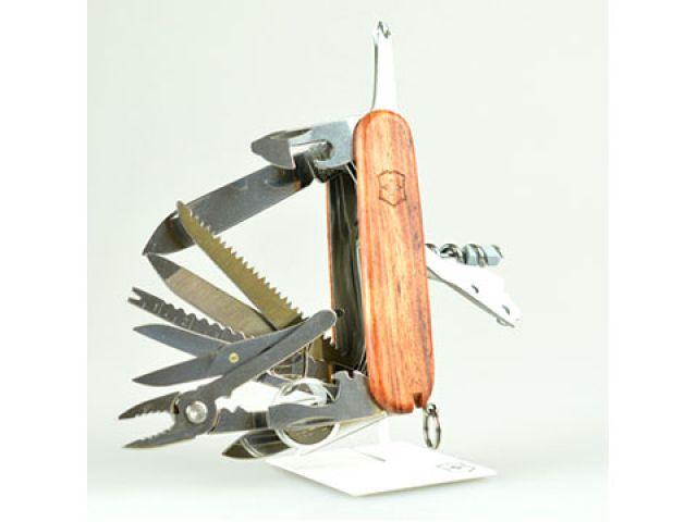 送料無料 ビクトリノックス Victorinox ナイフ&刃物 スイスチャンプ・ハードウッド