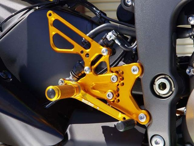 ベビーフェイス ニンジャZX-6R バックステップ関連パーツ バックステップキット シルバー