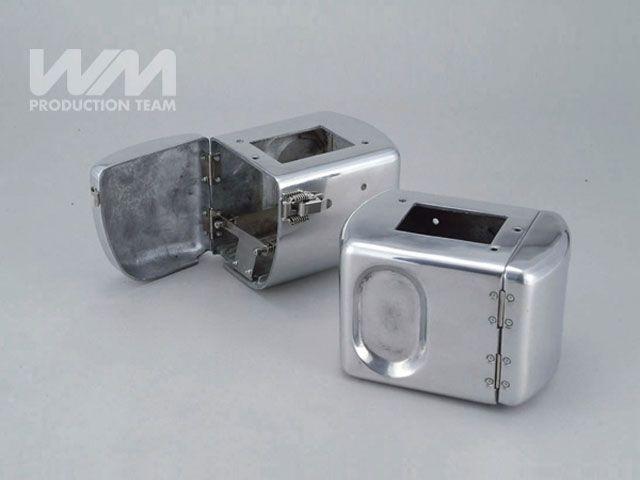 送料無料 WM SR400 SR500 電装ステー・カバー類 電装ケース