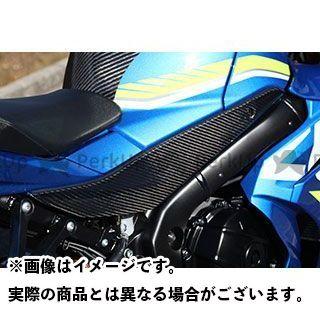 【エントリーで更にP5倍】【特価品】マジカルレーシング GSX-R1000 タンクサイドカバー(左右セット) 材質:平織りカーボン製 Magical Racing
