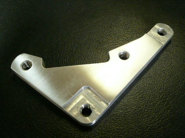 フリークスピット SR400 SR500 キャリパー ロッキードCP2696対応キャリパーサポート