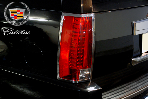 ★在庫あり テールライト トリム クローム 【適合車】07-14y キャデラック エスカレード (ESV EXTも可) E108