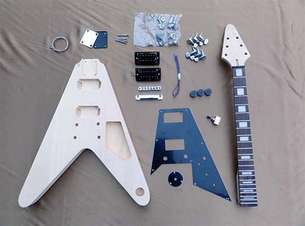 【ラッピング無料!】HOSCO エレキギター組立キット ER-KIT-FV フライングVタイプ 楽器組み立てキット ホスコ【楽ギフ_包装選択】【P2】