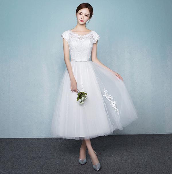 【花嫁用】二次会、1.5次会に!おしゃれなドレスは?
