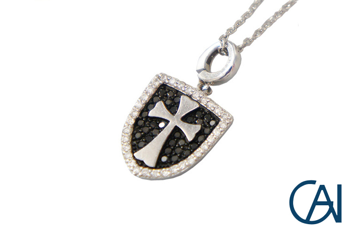 GAI ~Select Jewelry~K18WG D0.40ct ブラックダイヤクロスプレート ネックレス/ペンダント【未使用品】