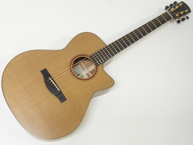 フィンガーピッカーにおすすめのモーリス品質、弾き込む程に馴染んできます。 Morris ( モーリス ) S-92 III【日本製 アコースティックギター 特価 】【歳末特価! 木製ギタースタンド プレゼント! 】