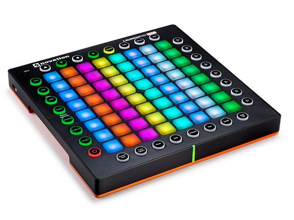 novation ( ノベイション ) Launchpad Pro  ◆【PC DJ】【MIDIコントローラー】【ABLETON LIVE コントローラー】【smtb-k】【w3】