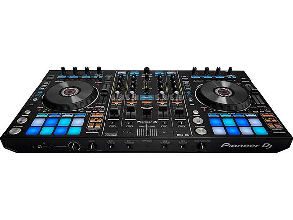 Pioneer ( パイオニア ) DDJ-RX ◆【送料無料】【PC DJ】【DJ コントローラー】【smtb-k】【w3】