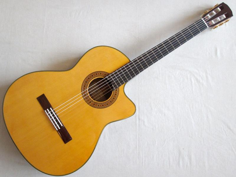 K.Yairi ( ケーヤイリ ) CE-2【日本製 エレガット【 エレガット クラシックギター 】