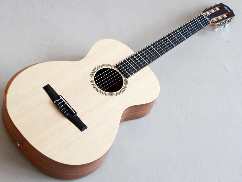 Taylor ( テイラー ) Academy A12-N【クラシックギター アカデミー 】 ガットギター