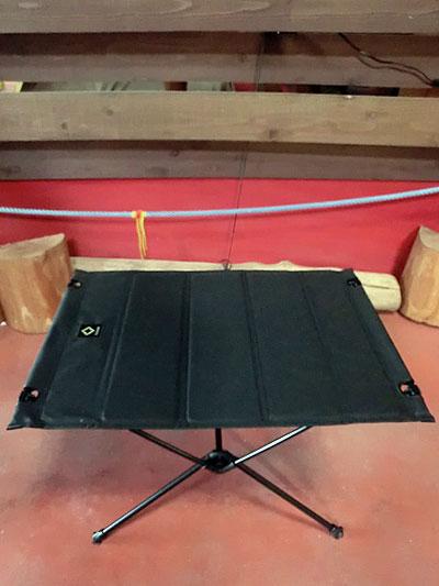 ヘリノックス Helinox タクティカルビッグハードトップテーブル ブラック ビッグサイズの収納折りたたみテーブル 送料無料