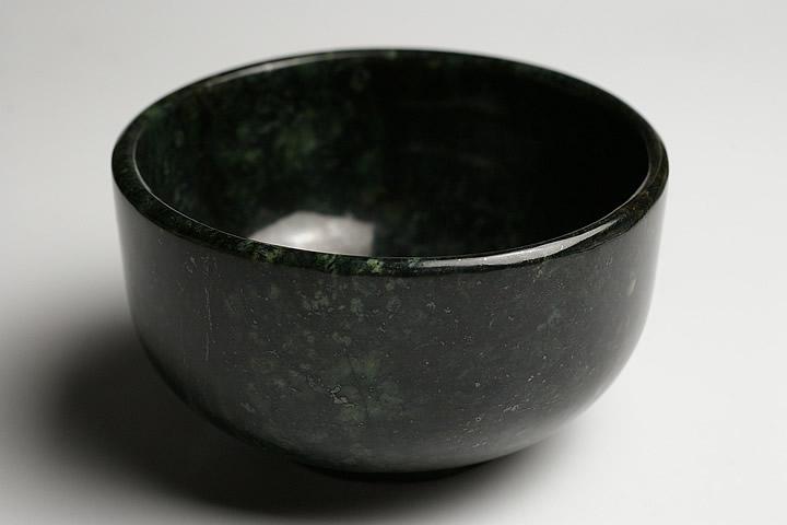 ミャンマーヒスイ 茶碗 ミャンマー産