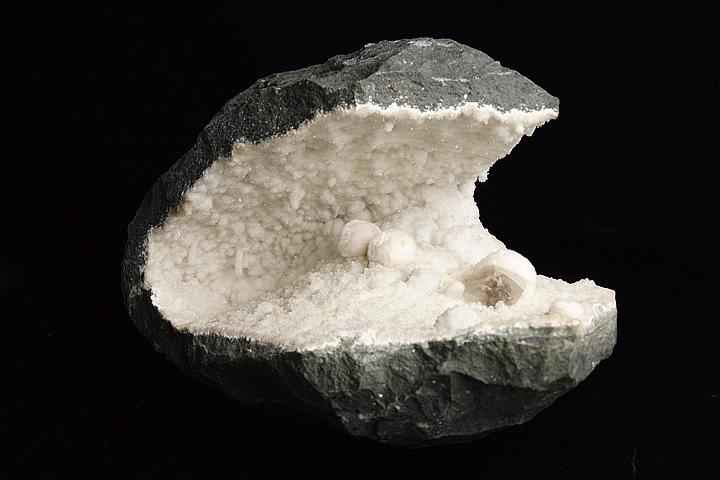 オケナイト原石(オーケン石)インド産 5.7kg