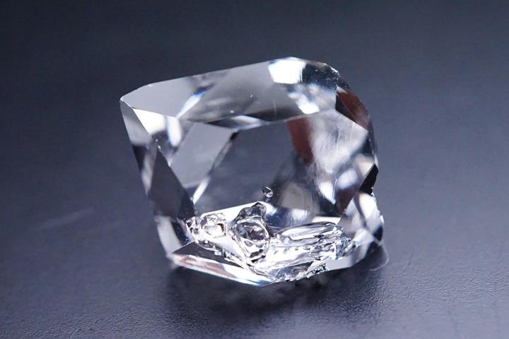 水入りハーキマーダイヤモンド結晶 最高級品 アメリカ・ニューヨーク州産