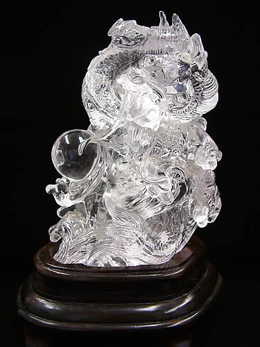 水晶 龍彫刻【高透明度】
