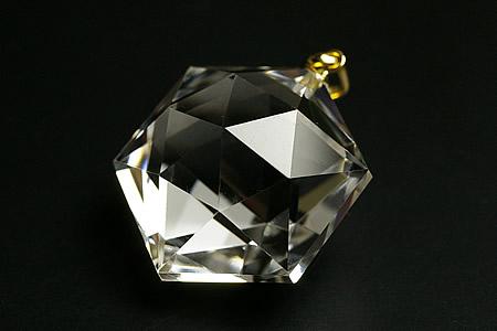 水晶六角カットペンダントトップK18ペンダントトップ(手磨き 日本の職人シリーズ)