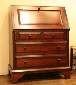 手作り ハンドメイド の家具 伝統あるビューローのスタイルを基本にして 国内在庫 売買 S型ビューロー 松本民芸家具 使い勝手を重視した設計です