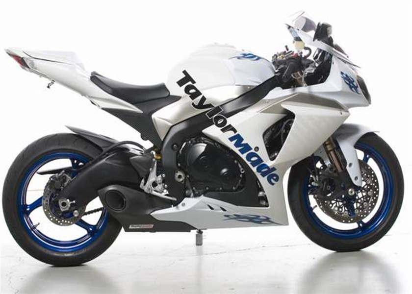 テイラーメイドレーシング(Taylor Made Racing)2009'-2011' GSXR 1000 スリップオンエキゾーストシステム & カーボントリム 2009'-2011' GSXR 1000 Slip On Exhaust + Carbon Trim