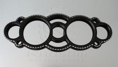 ランソムマシンワークス(Ransom Machine Works)08'-UP GSX-1300R メーターカバー,スカル・コントラストカットHayabusa Gauge Cover with Scales (Black Anodized)