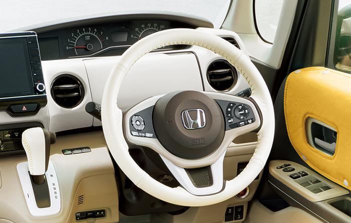 ホンダ N-BOX純正アクセサリー 手触りのよいマットな質感で車内をやわらかな空間に HONDA 純正 N-BOX エヌボックス パーツ 北欧スタイル JF3 JF4 ※アウトレット品 NBOXカスタムインテリアパネル マットアイボリー 08Z03-PA1-010 完全送料無料