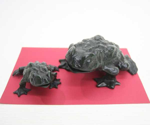 【送料無料】 置物 高岡銅器 カエル二匹組