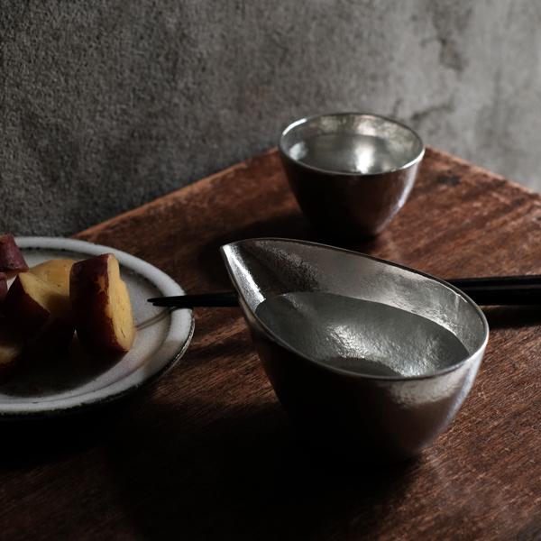 Tin Tin features made Shuki 100% single-small