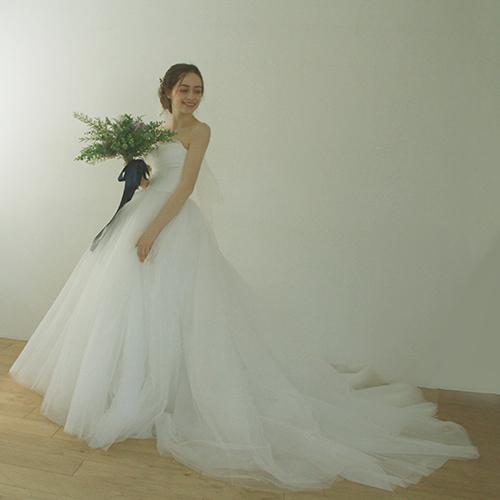 ウエディングドレス 二次会 花嫁ドレス ビーチフォト フォトウエディング ウェディングドレス トレーン付 Aライン セミオーダードレス【Big dress】
