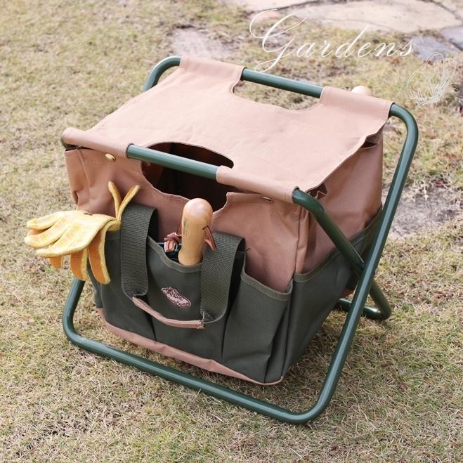 オランダ エッシャーデザイン 折りたためてバックにもなる ガーデンチェア 園芸スツール おしゃれ 折りたためる 折り畳み セール品 ガーデニング 道具入れ 箱 作業椅子 ツールスツール design ガーデン (人気激安) 庭いじり 送料無料 ツールボックス Esschert 父の日 作業カート toolbox Toolstool