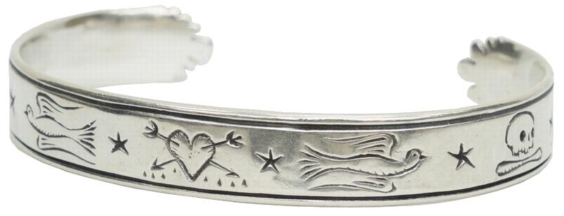古来から伝わる4つのシンボルを刻印したシルバーバングル LHN Jewelry エルエイチエヌ ジュエリー 激安超特価 アメリカ製 ハンドメイド バングル ハート 男女兼用 あす楽 Dorian x スターリングシルバー Cuff アロー スカル Silver