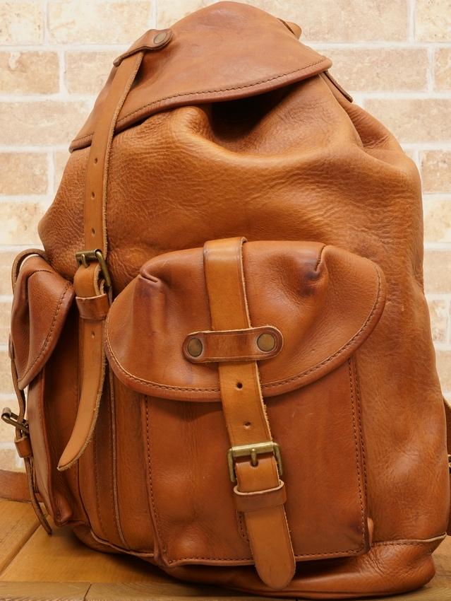 阿迈尔 (格拉夫) RRL 莱利皮革背包中等褐色皮革背包