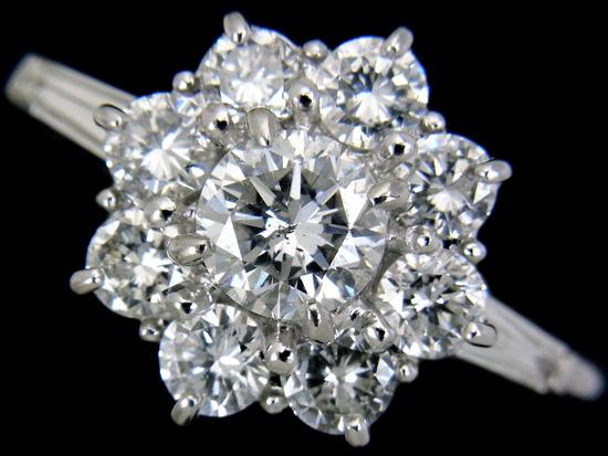【中古】フラワーデザイン ダイヤモンド 指輪 レディース プラチナ 贅沢ダイヤ1.50ct Pt900リング