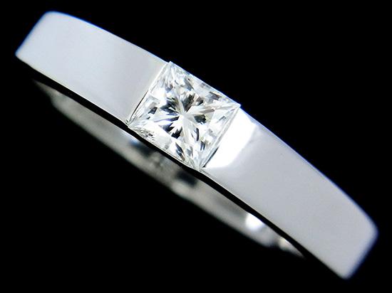 カルティエ 指輪 タンク D-VS1 角ダイヤモンド0.29ct 一粒デザイン K18WGリング #49【中古】