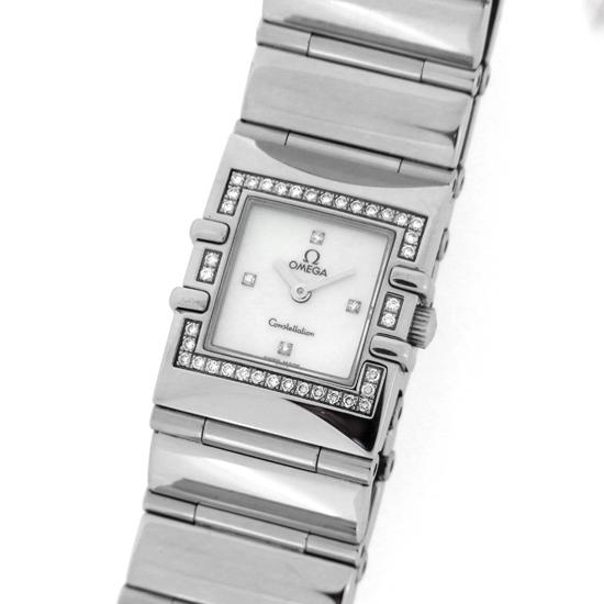 オメガ コンステレーション カレ 1528.36 クアドラ ダイヤベゼル ホワイトシェル文字盤 ダイヤモンドインデックス ステンレススチール製 クォーツ式レディース腕時計【中古】