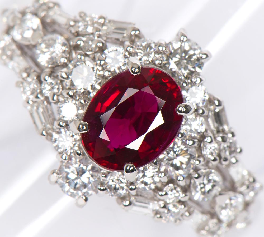 ビルマ産 ピジョンブラッド(GIA) ルビー1.07ct ダイヤモンド計0.77ct リング プラチナ【中古】(2200000204929)