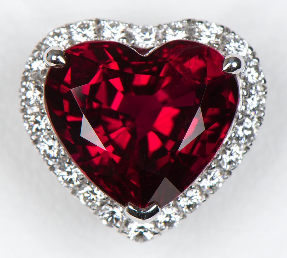 リガーレ タイ産 ルビー4.02ct ダイヤモンド 計0.40ct プラチナ950 ペンダントトップ【新品】(2200000229793)