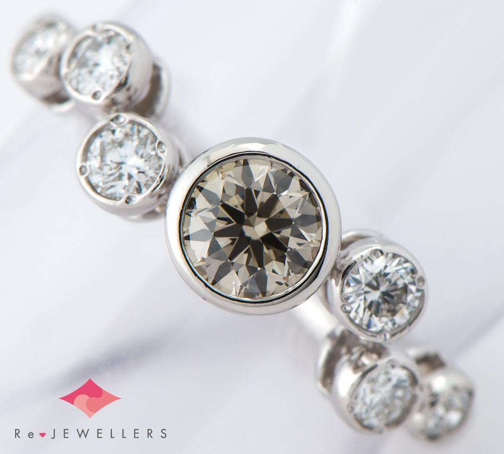 カシケイ ベゼル ブラウン ダイヤモンド0.30ct ダイヤモンド 計0.20ct プラチナ900 7号 リング・指輪【中古】(2200000271600)