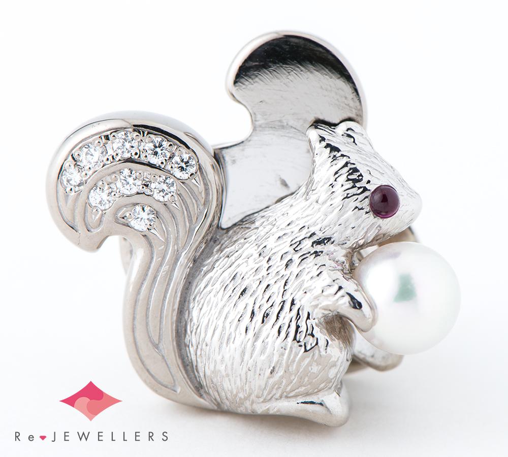ウォルサム リスモチーフ 5.4mm アコヤ真珠 ルビー ダイヤモンド 18金ホワイトゴールド ブローチ【中古】(2200000299383)